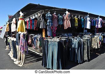 kläder, till salu, hos, loppmarknad