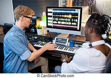 klänge, besprechen, junger, zwei, multikulturell, neu , weg, musiker, mising, studio