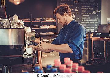 klant, koffie, barista, shop., kop, het bereiden, mooi