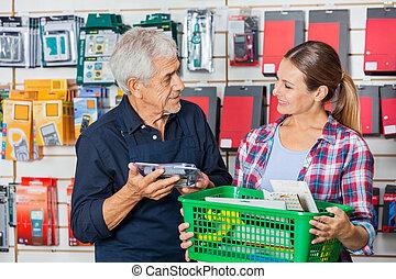 klant, winkel, arbeider, hardware, vasthouden, gereedschap