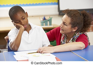 klasa, badając, nauczyciel, nieszczęśliwy, uczeń