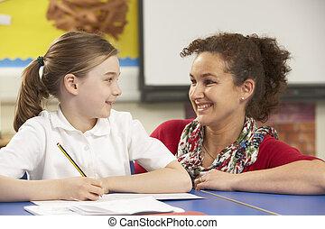 klasa, badając, uczennica, nauczyciel