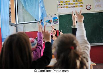 klaslokaal, de leraar van de school, vrolijke
