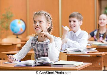 klaslokaal, de les van de school, kinderen