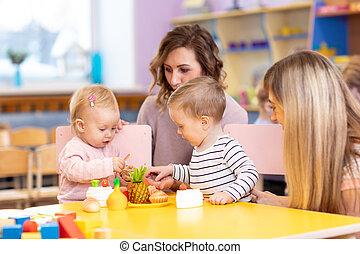 klaslokaal, leraar, preschool, kinderen