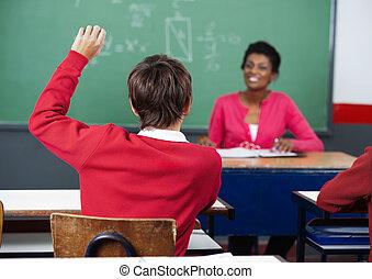 klaslokaal, schooljongen, optillende hand