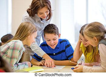 klassrum, skola skämtar, grupp, skrift, pröva