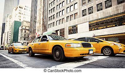 klasszikus, utca, kilátás, noha, sárga, taxizik, alatt, új york város