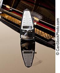 klavier, taktmesser, ticken, reflektiert