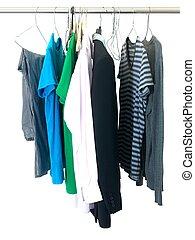 kledingstukken, hangend
