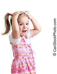 klein meisje, bedekking, zijn, hoofd, met, handen, vrijstaand