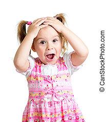 klein meisje, geitje, verwonderd, met, handen, haar, hoofd,...