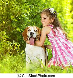klein meisje, met, dog
