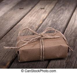 kleine, bruin pakket