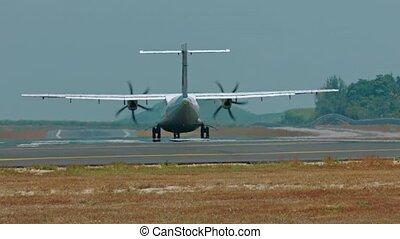 kleine, forenzenvliegtuig, het opstijgen, van, een, lege, luchthaven