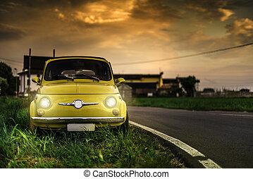 kleine, ouderwetse , italiaanse , auto, fiat, abarth