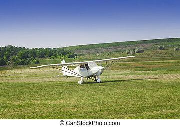 kleines flugzeug, bereit, nehmen, aus, auf, der, flugplatz