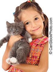 kleines mädchen, mit, graue , katzenkinder, freigestellt,...
