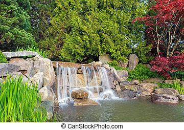 kleingarten, landschaftsbild, mit, wasserfall, und, bäume