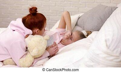 klesten, moeder, dochter, kind