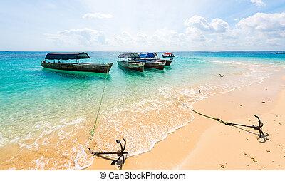 kleurrijke, landscape, met, bootjes, verankeerd, op, een, oever
