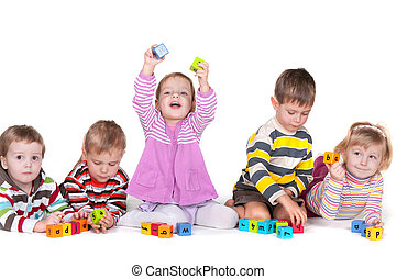 kleuterschool, blokjes, spelend