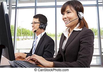 klient, słuchawki, biuro, służba, nowoczesny, reprezentant, uśmiechanie się