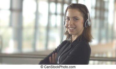 klient, słuchawki, kobieta handlowa, służba, środek, poparcie, rozmowa telefoniczna, operator