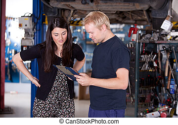 klient, sklep, mechanik, szczęśliwy