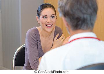 klinik, lycklig, tålmodig, kvinna läkare