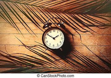 klok, houten, ouderwetse , waarschuwing, palm, tafel., bladeren