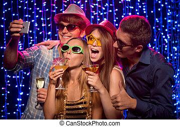 klub, partia, przyjaciele, noc