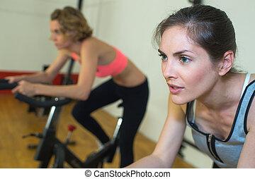 klubba, flickor, två, fitness