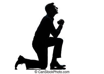 knieend, silhouette, beten, mann, länge, voll