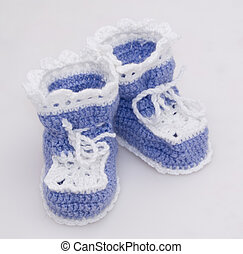 Knitted baby's bootees - Cute handmade knitted bootees for ...