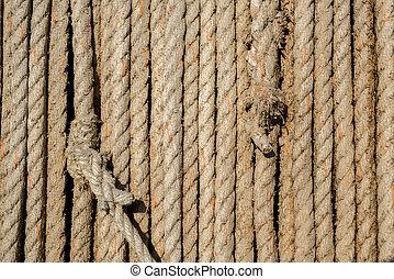 Knots in old fibre roap