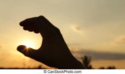końce, dziewczyna, ręka, słońce