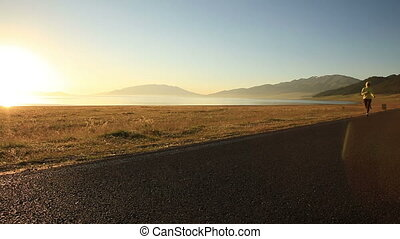 kobieta, biegacz, wybrzeże, młody, ślad bieg, stosowność, wschód słońca