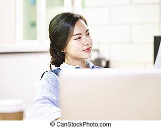 kobieta, biuro, handlowy, posiedzenie, młody, asian