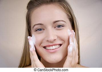 kobieta, czyszczenie, twarz