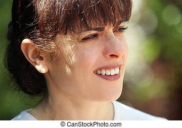 kobieta, dojrzały, szczęśliwy