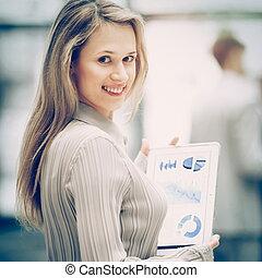 kobieta, finansowy, handlowe biuro, pomyślny, tabliczka, wykres, tło, drużyna