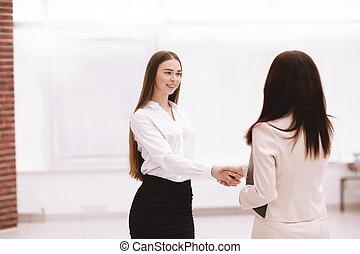kobieta handlowa, pomyślny, siła robocza, pracownik, potrząsanie