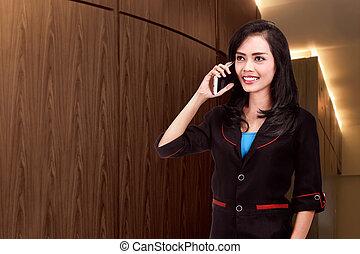 kobieta handlowa, smartphone, pociągający, używając, asian