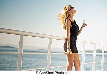 kobieta interesu, kawa, pociągający