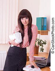 kobieta interesu, na, miejsce pracy, z, dużo, paperwork