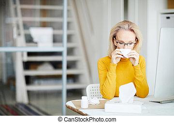 kobieta interesu, praca, chory
