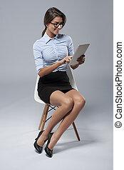 kobieta interesu, technologia, nowy, używając