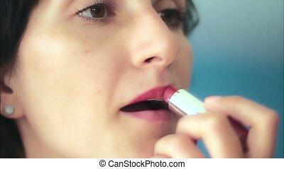 kobieta, kładzenie, szminka, makijaż