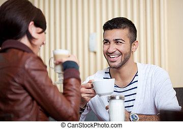 kobieta, kawiarnia, młody mężczyzna